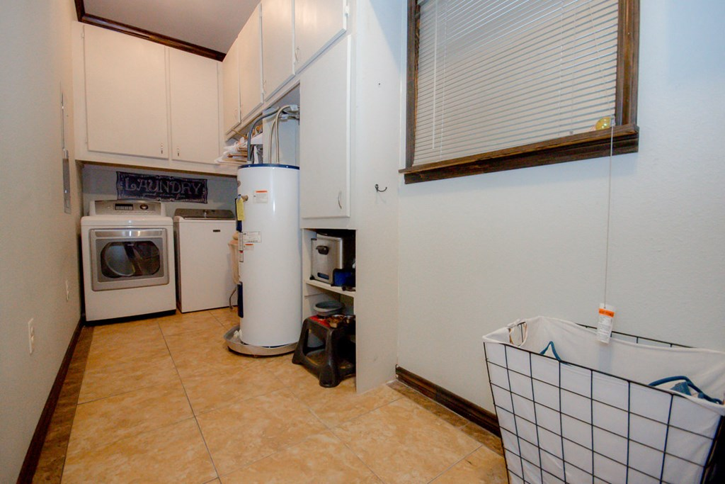 Utility Room - washer & dryer convey with house